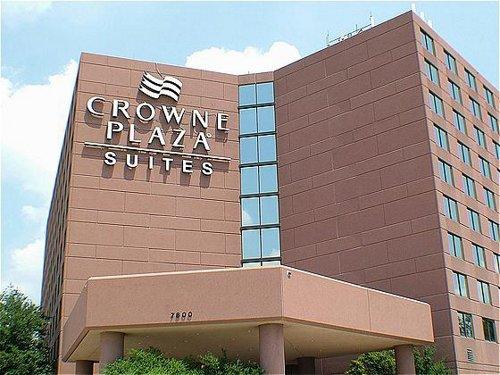 [photo of hotel exterior]
